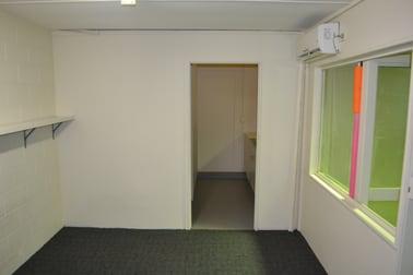 Unit 3/4-6 Fremantle Street Burleigh Heads QLD 4220 - Image 3