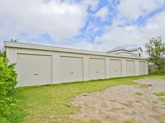 2/246 William Street Allenstown QLD 4700 - Image 2