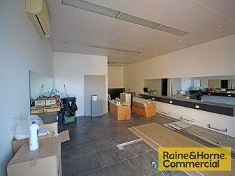 6/9 Elizabeth Avenue Clontarf QLD 4019 - Image 3
