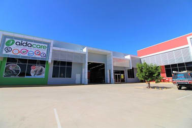 4/234 McDougall Street Wilsonton QLD 4350 - Image 3