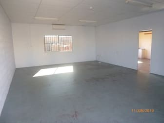 7/119 Youngman Street Kingaroy QLD 4610 - Image 2