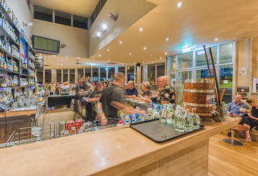 8&9/303 Shute Harbour Road Airlie Beach QLD 4802 - Image 2