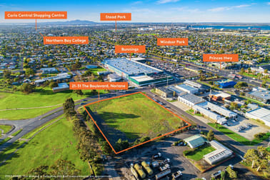21-31 The  Boulevard Norlane VIC 3214 - Image 1
