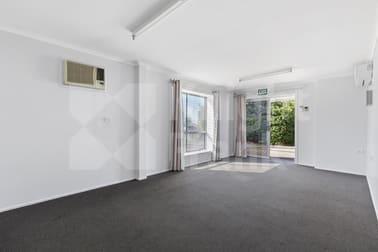 Unit 1/1/8 Robison Street Park Avenue QLD 4701 - Image 2