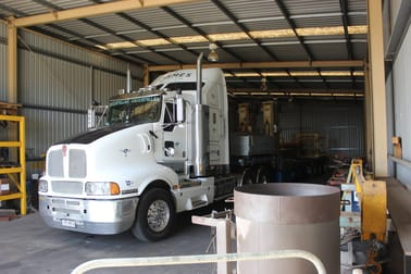 Tenancy 2/3-7 Stark Court Harristown QLD 4350 - Image 3