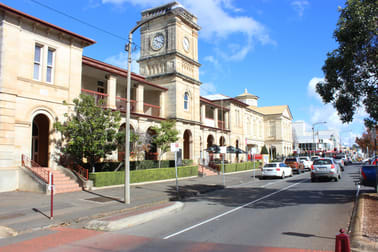 Suite 9/136-140 Margaret Street Toowoomba QLD 4350 - Image 1