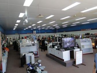25 TOOLOOA STREET South Gladstone QLD 4680 - Image 2