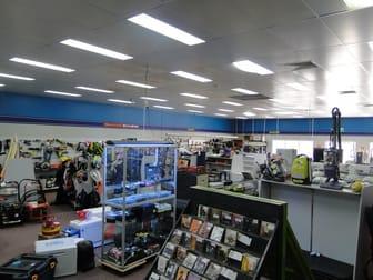 25 TOOLOOA STREET South Gladstone QLD 4680 - Image 3
