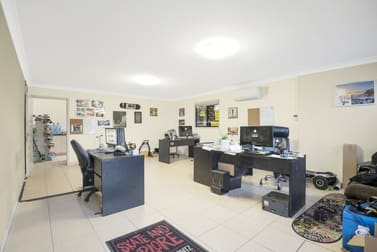 4/29 Industry Drive Tweed Heads South NSW 2486 - Image 2