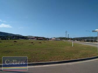 26-28/13 Kupfer Drive Roseneath QLD 4811 - Image 2