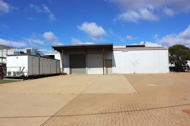 9 Hile Court Wilsonton QLD 4350 - Image 1