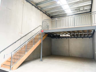 6 Cave Place Clyde North VIC 3978 - Image 2