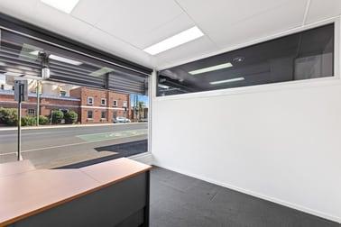 1/298 Ruthven Street Toowoomba QLD 4350 - Image 2
