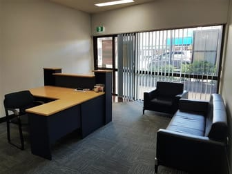 1 & 2/161 Sutton Street Redcliffe QLD 4020 - Image 3