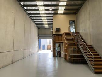 Unit 1/1-202 Lorimer Street Port Melbourne VIC 3207 - Image 2