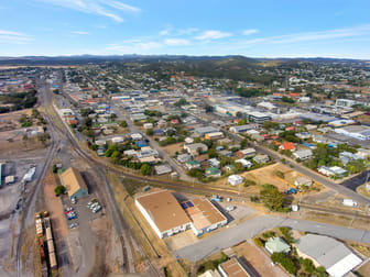 5 Little Bramston Street Gladstone Central QLD 4680 - Image 3