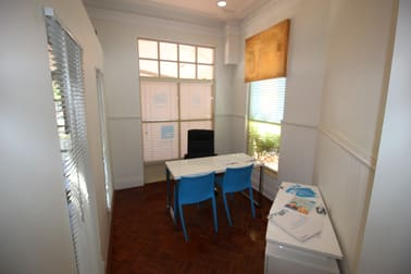 1/12-14 Lake Street Cairns City QLD 4870 - Image 2