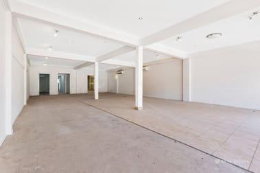 1-2/26 James Street Yeppoon QLD 4703 - Image 1