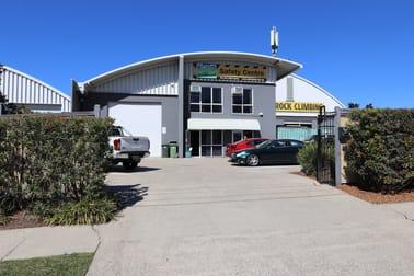 1/38 Hutchinson  Street Burleigh Heads QLD 4220 - Image 1