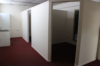 Suite 6/28 Bell Street Toowoomba QLD 4350 - Image 2