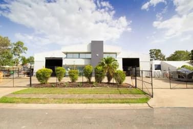 15 Blivest Street Oxley QLD 4075 - Image 2