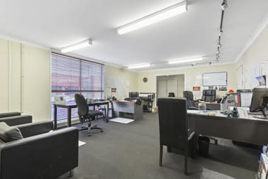 235 East Street Rockhampton City QLD 4700 - Image 3