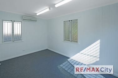 31 Samuel Street Camp Hill QLD 4152 - Image 2