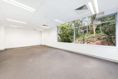 4302/4 Daydream Street Warriewood NSW 2102 - Image 2