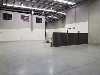 27 Rocklea Drive Port Melbourne VIC 3207 - Image 3