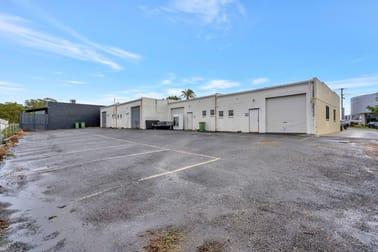 Unit 2, 10 Harvest Court Southport QLD 4215 - Image 2