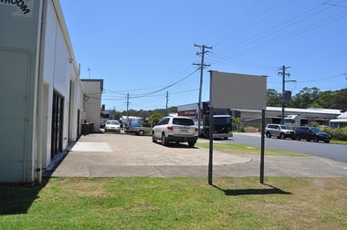 Unit 1/14A Lawson Crescent Coffs Harbour NSW 2450 - Image 2