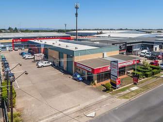 1/358 Nudgee Road Hendra QLD 4011 - Image 1