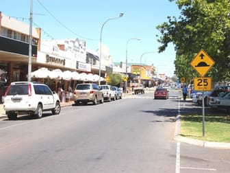 334 BANNA AVENUE Griffith NSW 2680 - Image 2
