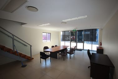 6/80 Smith Street Southport QLD 4215 - Image 2