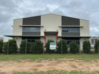 11 Osborne St Chinchilla QLD 4413 - Image 2