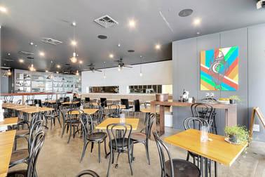 1/20 Queensland Avenue Broadbeach QLD 4218 - Image 1