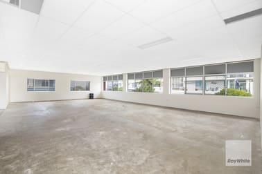 4/50 Hornibrook Esplanade Clontarf QLD 4019 - Image 2