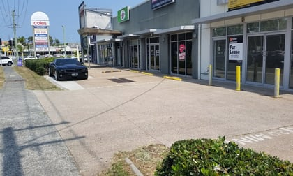 2/110 Brisbane Road Labrador QLD 4215 - Image 1