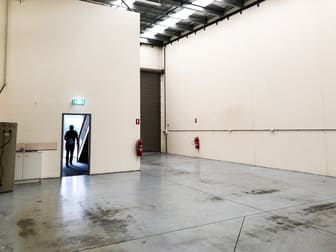 4/2 Industrial Drive Somerville VIC 3912 - Image 3