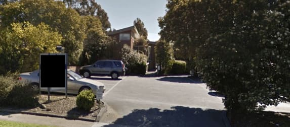 3 Fullwood Parade Doncaster East VIC 3109 - Image 2