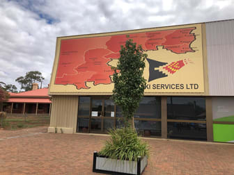 25 Barton St Cobar NSW 2835 - Image 1