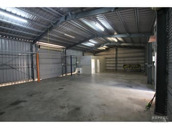 2/17 Charles Street Yeppoon QLD 4703 - Image 2