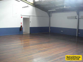 1 & 2/243 Lutwyche Road Windsor QLD 4030 - Image 3