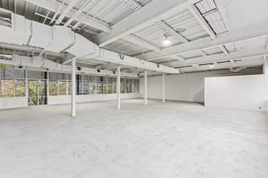 Suite 2/14 Salmon Street Port Melbourne VIC 3207 - Image 2