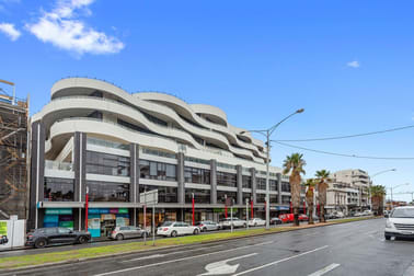 204& 205/120 Bay Port Melbourne VIC 3207 - Image 3