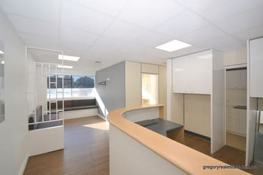 8/201 Wickham Tce Spring Hill QLD 4000 - Image 2