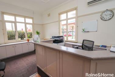 182 Russell Street Bathurst NSW 2795 - Image 2