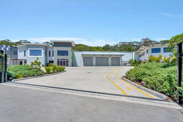 35 Harrington St Arundel QLD 4214 - Image 2
