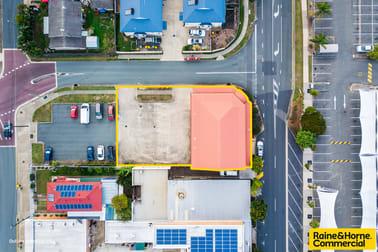4&5/20 Baynes Street Margate QLD 4019 - Image 2