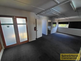 3/6 Corrie Street Chermside QLD 4032 - Image 2